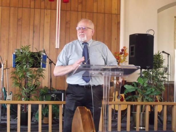 Pastor Roland Dube.jpg