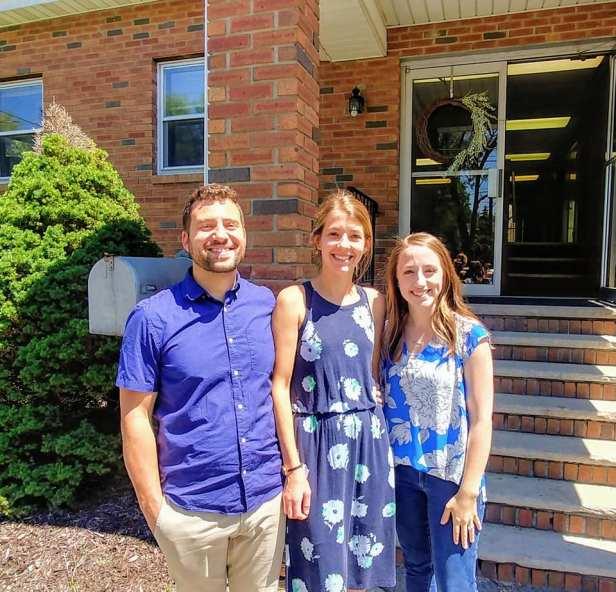 Pastor Dan Forney, Amber, Sarah Powell